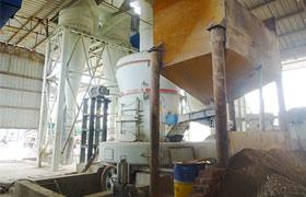 河北唐山古冶石粉雷蒙磨粉机生产线现场
